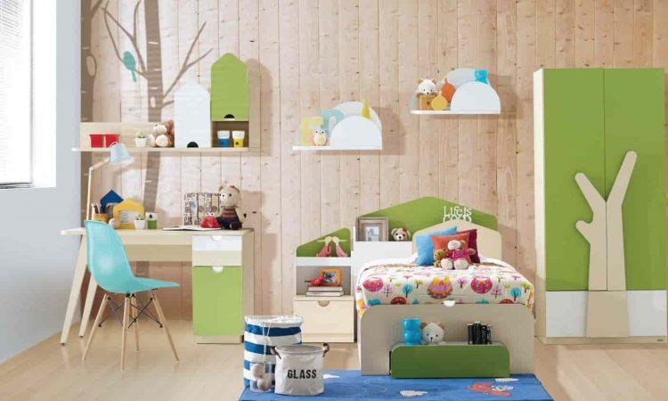 Newborn bedroom